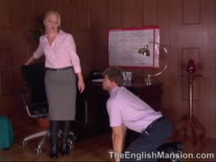 Cruel Women: English Desk Slave