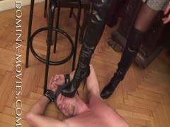 Face trampling punishment