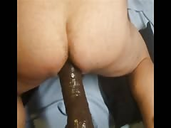 Tight asshole pegged for the first time