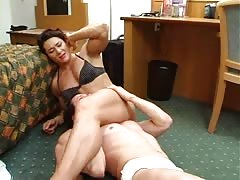 No way out for muscled mistress