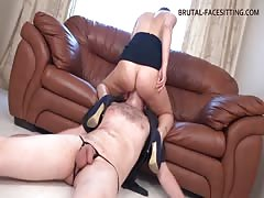 Sexy domina is a mean facesitter